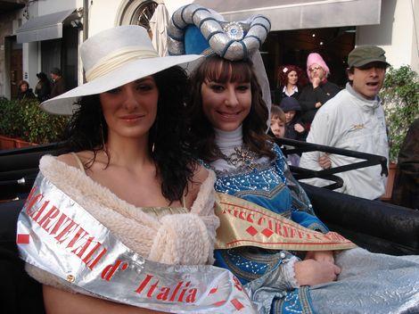 Apertura carnevale di Viareggio 1° parte