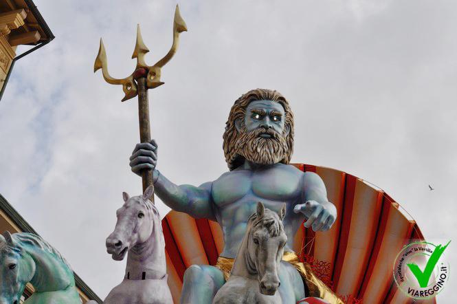 1° corso di Carnevale a Viareggio