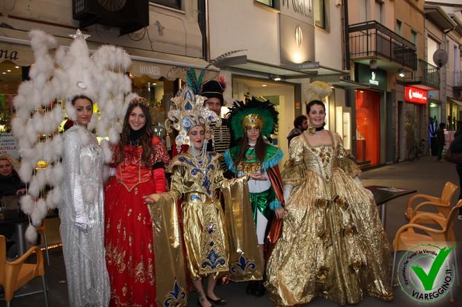 Carnevalcentro, anticipo di carnevale per le vie del centro città