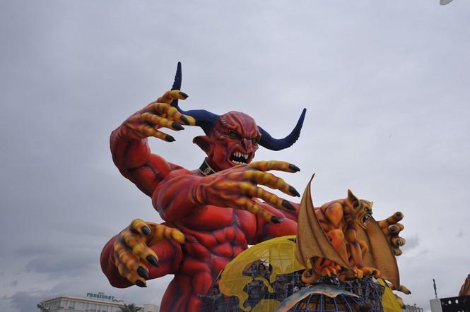 Carnevale di Viareggio in diretta RAI